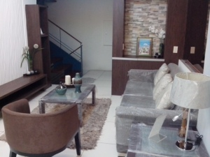 Living Area pic 1