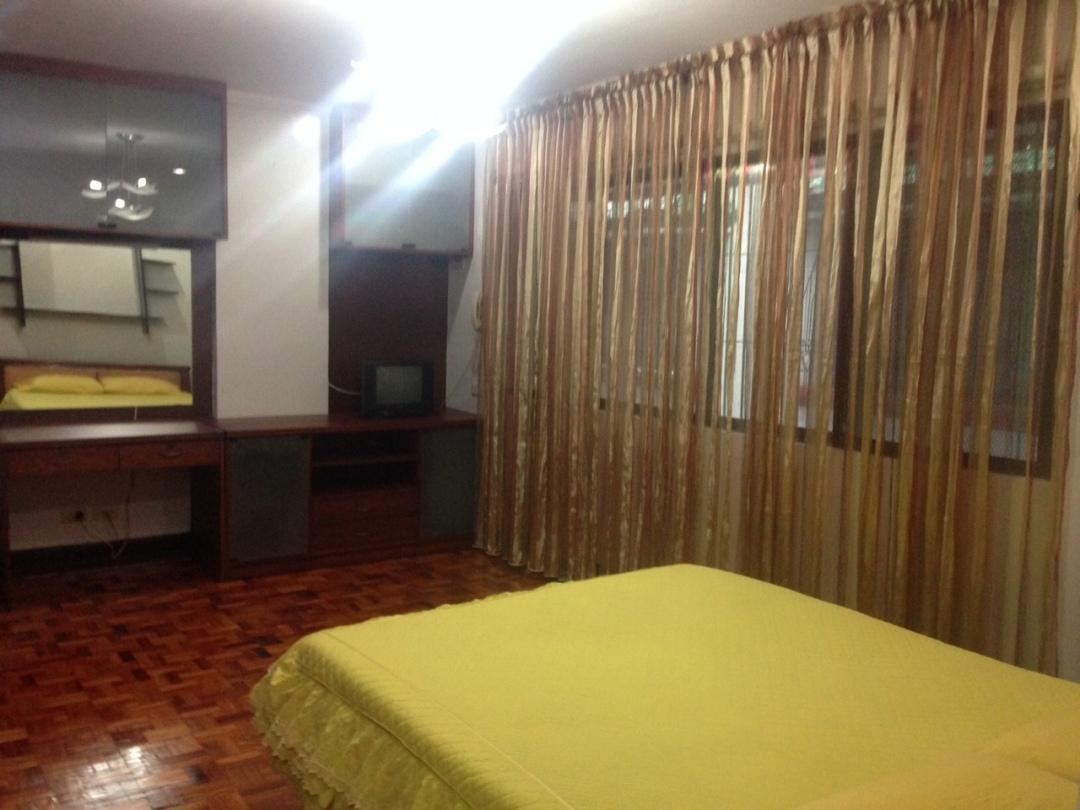 4.Bedroom1