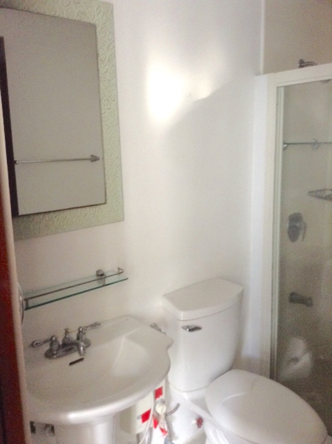 penhurst-bgc-iproperty-bathroom